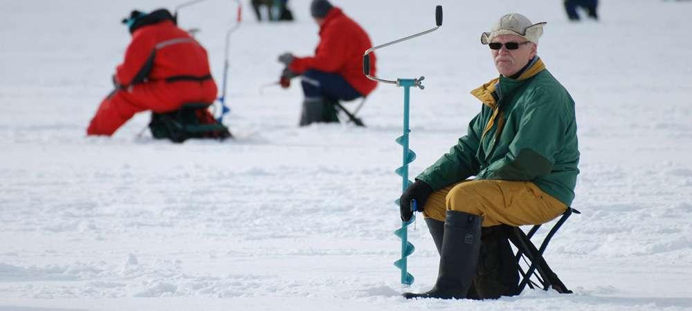 Специфика обуви и одежды для зимней рыбалки