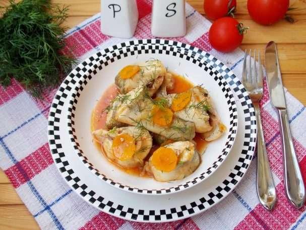 Судак в томатном соусе с овощами 2020